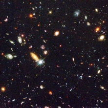hubble-deep-field-m100-hst-25th-anniversary
